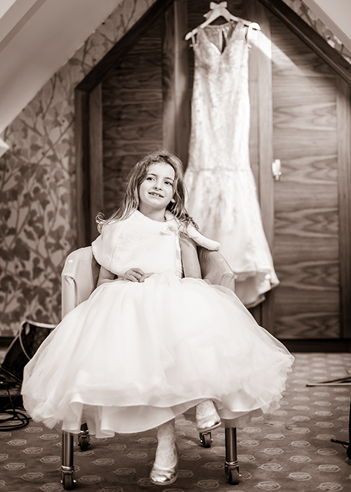jesmond-dene-house-wedding-photos-bridesmaid