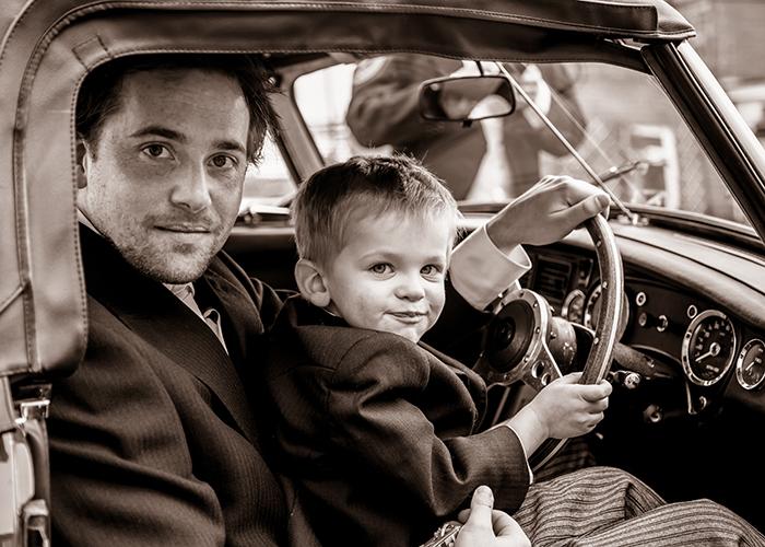 jesmond-dene-house-wedding-photos-mg-car