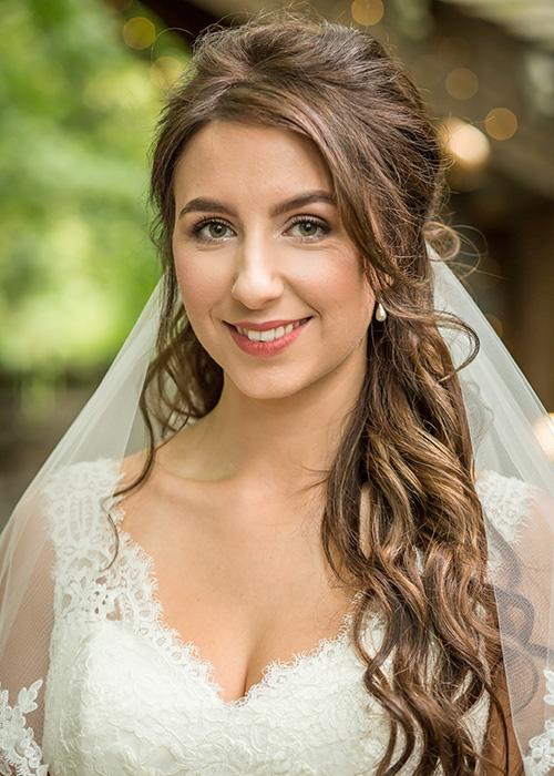 bride portrait alnwick treehouse wedding photo
