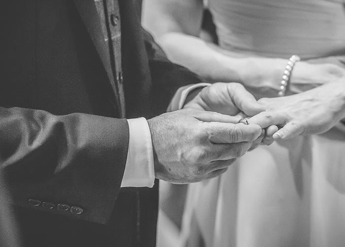 jesmond dene house wedding exchanging rings