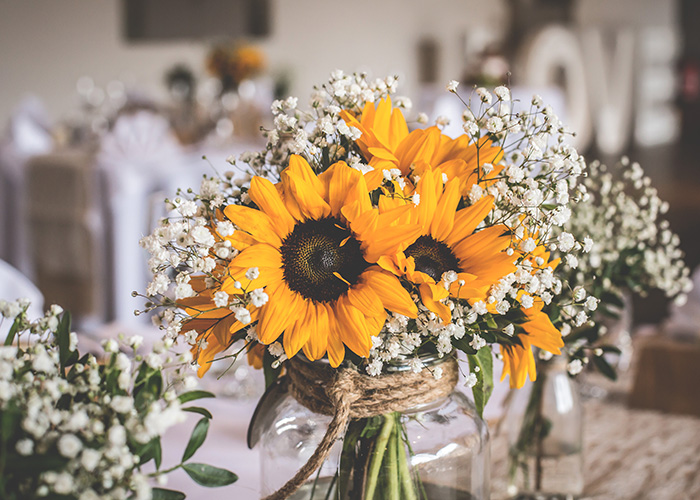sunflower and gypsophila table decoration